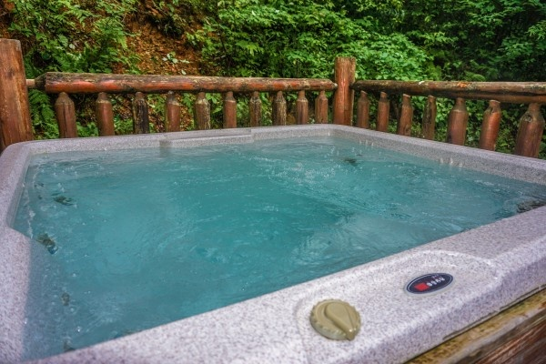 hot tub at just you and me baby a 1 bedroom cabin rental located in gatlinburg