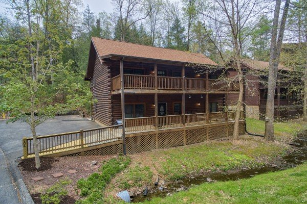 Timber Creek, a 4 bedroom cabin rental located in Pigeon Forge