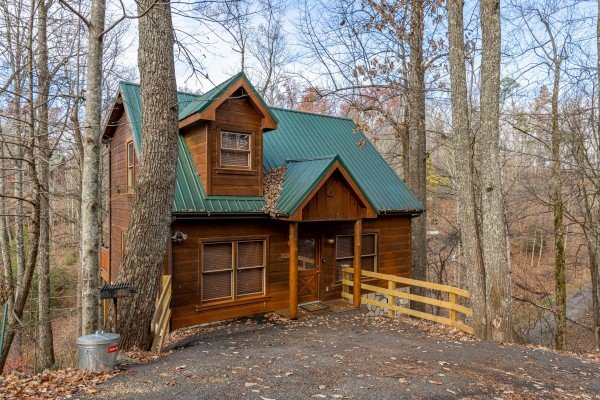 Fallin' in Love, a 1 bedroom cabin rental located in Gatlinburg