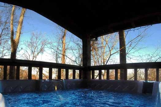 hot tub view at smoky mountain romance a 1 bedroom cabin rental located in pigeon forge