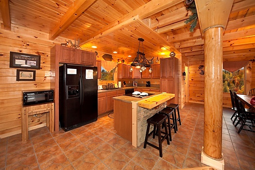 kitchen at lookout lodge a 4 bedroom cabin rental located in pigeon forge