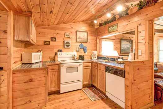 kitchen at a beautiful river a 1 bedroom cabin rental located in gatlinburg