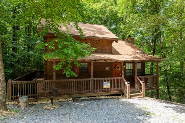 Gravel driveway and front entrance at Cabin on the Mountain, a 2 bedroom cabin rental located in Gatlinburg