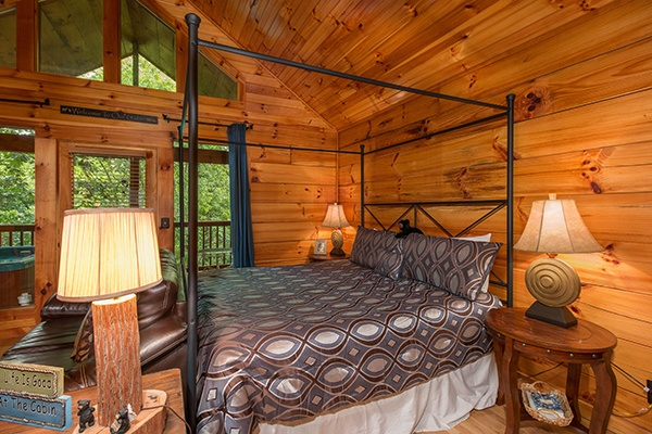 at kelly's cabin a 1 bedroom cabin rental located in pigeon forge