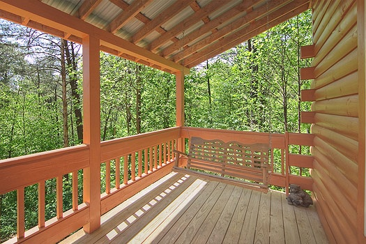 covered deck with swing at sunshine day dream a 1 bedroom cabin rental located in gatlinburg