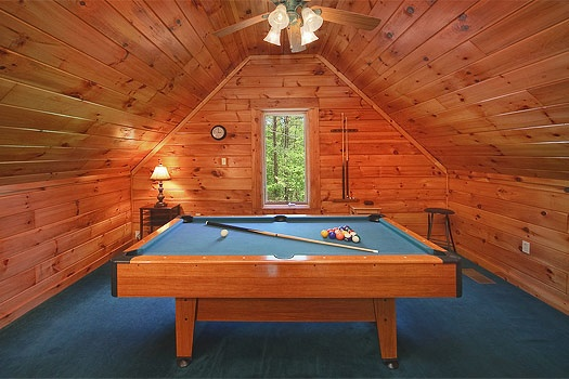 lofted game room pool table at sunshine day dream a 1 bedroom cabin rental located in gatlinburg