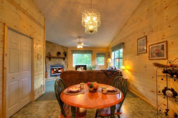at a dream romance a 1 bedroom cabin rental located in gatlinburg
