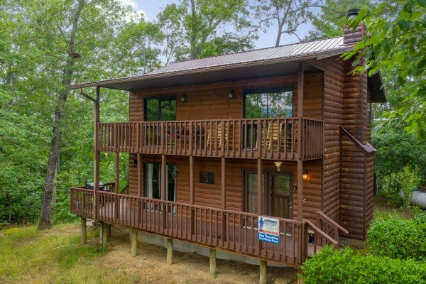 Bear Necessities, a 3 bedroom cabin rental located in Pigeon Forge