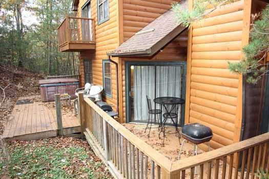 exterior back view at sweet dreams lodge a 3 bedroom cabin rental located in pigeon forge