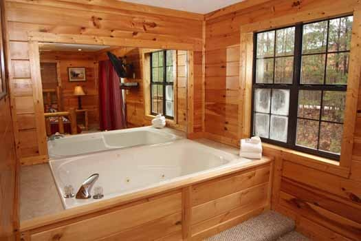 in bedroom jacuzzi tub at sweet dreams lodge a 3 bedroom cabin rental located in pigeon forge