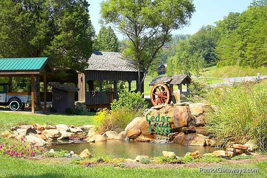 Landscaping around resort entrance at Flying with Eagles, a 3-bedroom cabin rental located in Pigeon Forge