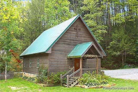 Resort wedding chapel at Flying with Eagles, a 3-bedroom cabin rental located in Pigeon Forge