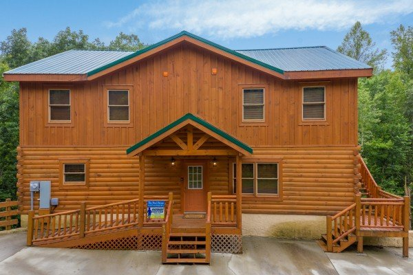 The Pool Palace, a 5 bedroom cabin rental located in Pigeon Forge