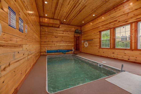 The Pool Palace A Pigeon Forge Cabin Rental