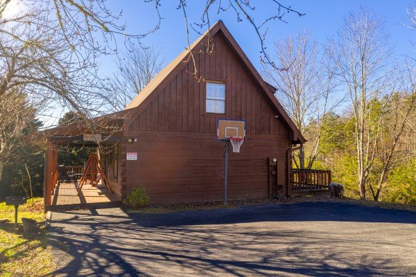 Leconte Nirvana, a 3 bedroom cabin rental located in Pigeon Forge