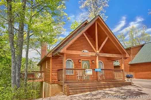 Front exterior of Quality Time, a 1 bedroom cabin rental located in Gatlinburg