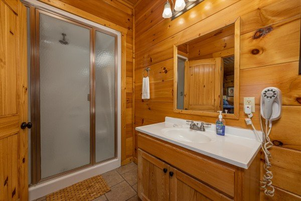 Bathroom with a walk in shower at La Kiara a 3 bedroom cabin rental located in Pigeon Forge