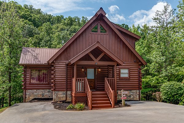 Hickory Hideaway, a 3-bedroom cabin rental located in Pigeon Forge