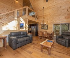 Looking at the main floor at Bessy Bears Cabin, a 2 bedroom cabin rental located inGatlinburg