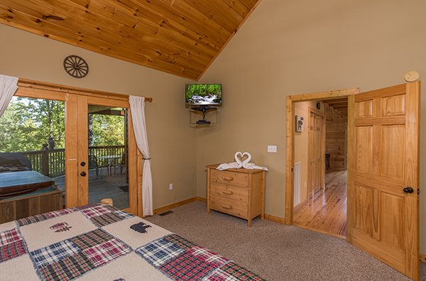 at mountain valley hideaway a 2 bedroom cabin rental located in pigeon forge