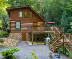 Cabin by the Creekside, a 4 bedroom cabin rental located in Pigeon Forge