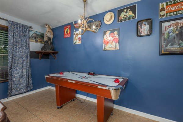 Air hockey table at Bearing Views, a 3 bedroom cabin rental located in Pigeon Forge