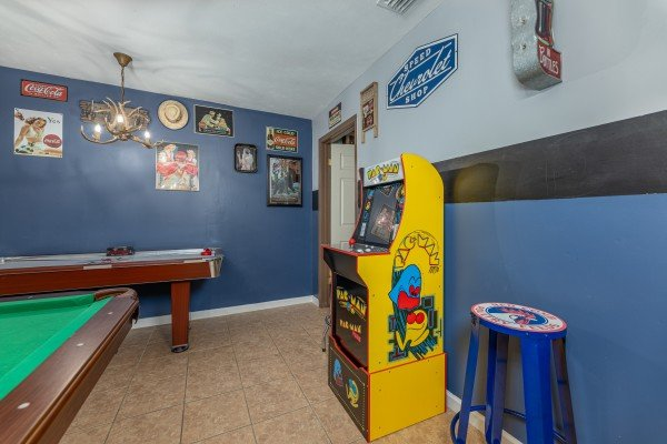 Arcade game at Bearing Views, a 3 bedroom cabin rental located in Pigeon Forge
