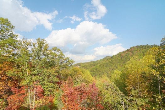 view of the smoky mountains at mountain spirit a 4 bedroom cabin rental located in pigeon forge