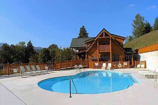 resort swimming pool at starry starry night a 2 bedroom cabin rental located in pigeon forge