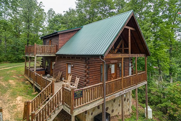 Front exterior drone shot at Bear View Lodge, a 2-bedroom cabin rental located in Gatlinburg