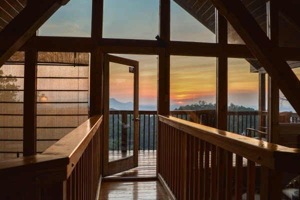 sunset views from the loft at all that jazz a 1 bedroom cabin rental located in pigeon forge