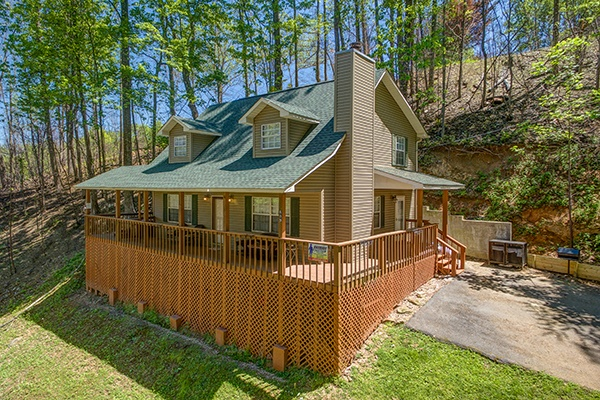 rental wears apache in deck sunset property pigeon mountain cabin valley bluff vacation from view picture tn sevierville forge near rentals cottage