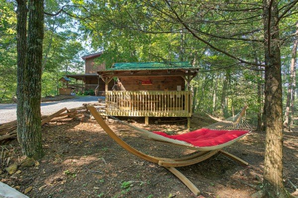 Hammock to relax in at bearfoot adventure a 2 bedroom cabin rental located in gatlinburg