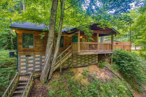 Kabbe Bear Cabin, a 1 bedroom cabin rental located in Gatlinburg