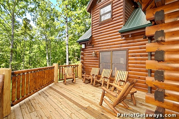 at incredible! a 6 bedroom cabin rental located in gatlinburg