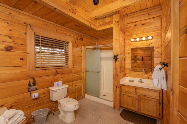 Bathroom with a shower at Livin' Simple, a 2 bedroom cabin rental located in Pigeon Forge