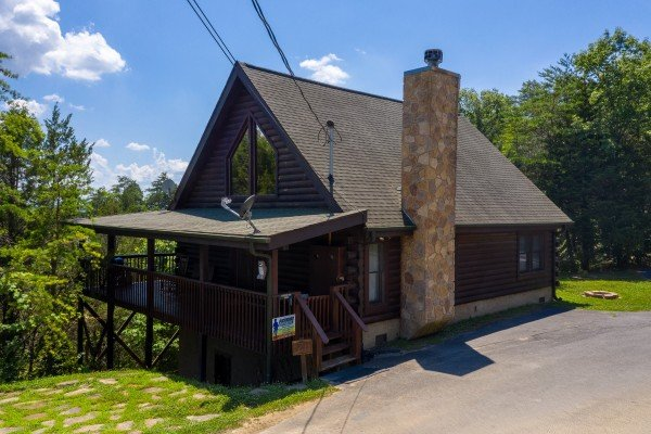 Top of the Way, a 2 bedroom cabin rental located in Pigeon Forge