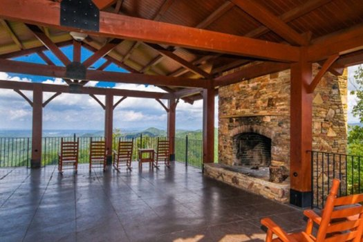 Picnic pavillion access at Preserve Resort for guests of Grand Timber Lodge, a 5-bedroom cabin rental located in Pigeon Forge