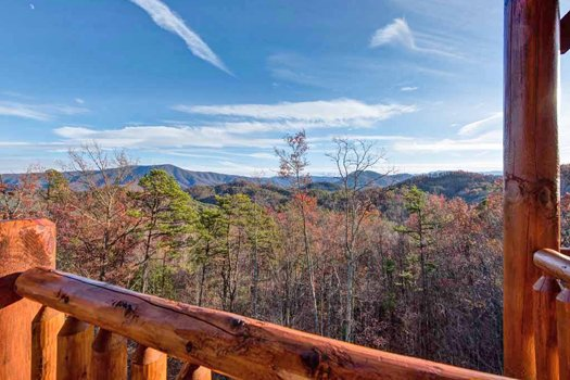 Smoky Mountain views in the fall at Grand Timber Lodge, a 5-bedroom cabin rental located in Pigeon Forge