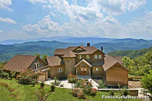 grande mountain lodge a 5 bedroom cabin rental located in pigeon forge