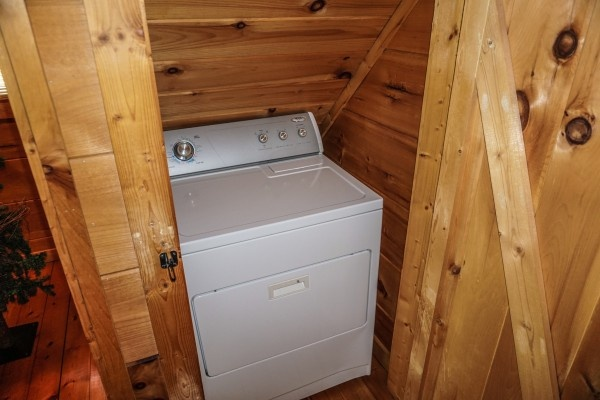 laundry area at deerly beloved a 1 bedroom cabin rental located in gatlinburg