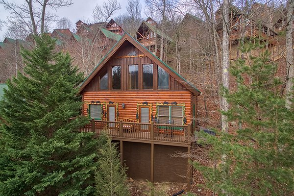 Exterior photo of 5 Star Celebration, a 1 bedroom cabin rental located in Pigeon Forge