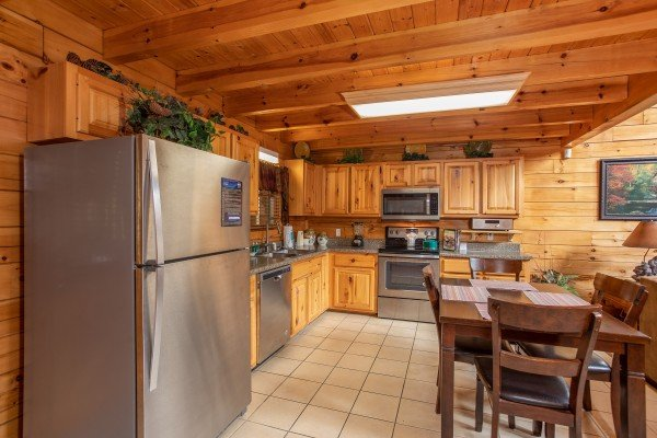 Eat in kitchen at 5 Star Celebration, a 1 bedroom cabin rental located in Pigeon Forge