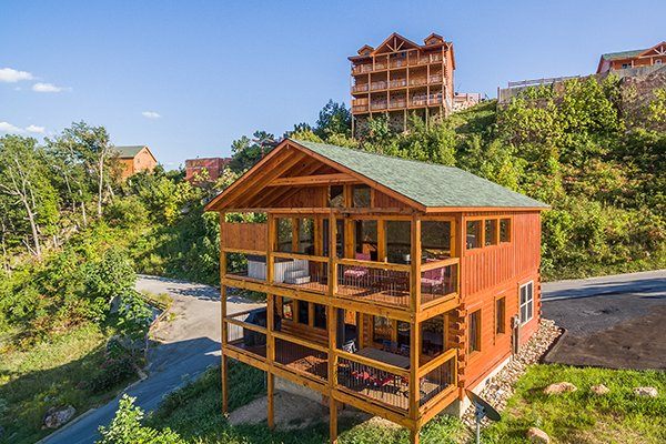The Sugar Shack, a 2 bedroom cabin rental located in Pigeon Forge