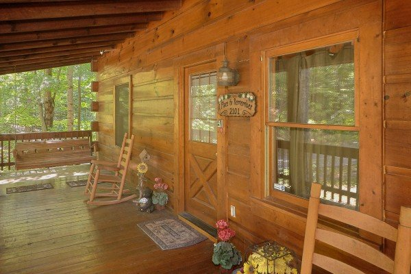 Front porch with rocking chairs at A Place to Remember, a 2 bedroom cabin rental located in Gatlinburg
