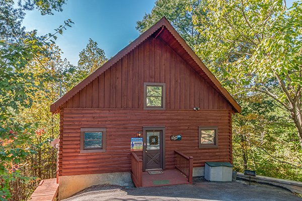 view of the front exterior a honeymoon haven a 1 bedroom cabin rental located in gatlinburg