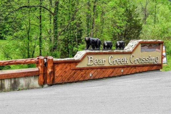 Entrance at Bear Creek Crossing at Bearfoot Memories, a 2-bedroom cabin rental located in Pigeon Forge