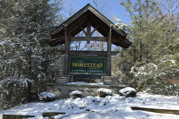 The Homestead Past is where you'll find Mystic Ridge, a 4 bedroom cabin rental located in Pigeon Forge