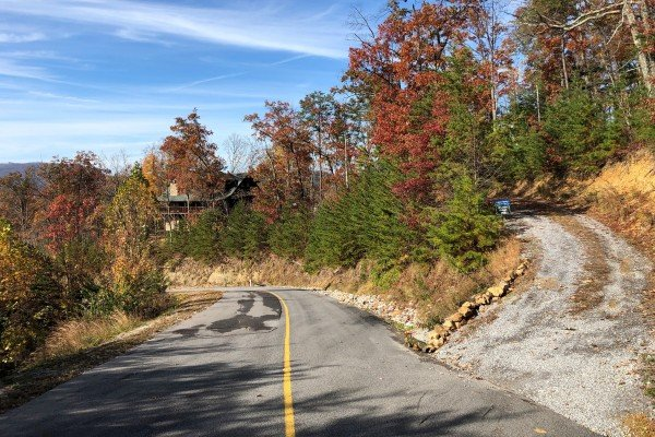 Access road and driveway in fall at Mystic Ridge, a 4 bedroom Pigeon Forge cabin rental