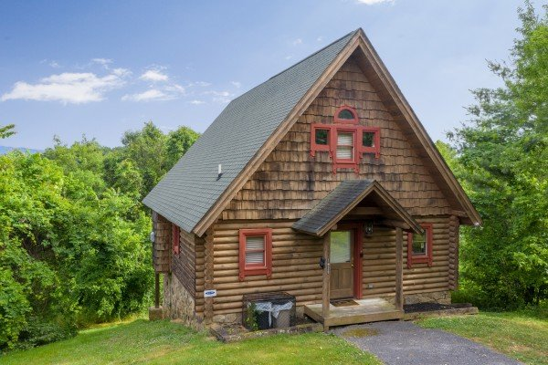 Romantical Rendeviews, a 1 bedroom cabin rental located in Pigeon Forge